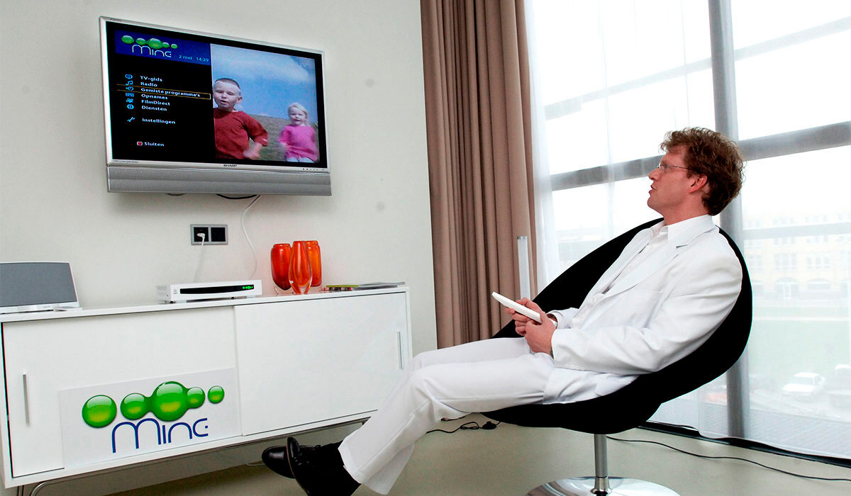 Plaatje geschiedenis digitale TV Zelf Beslissen 2006
