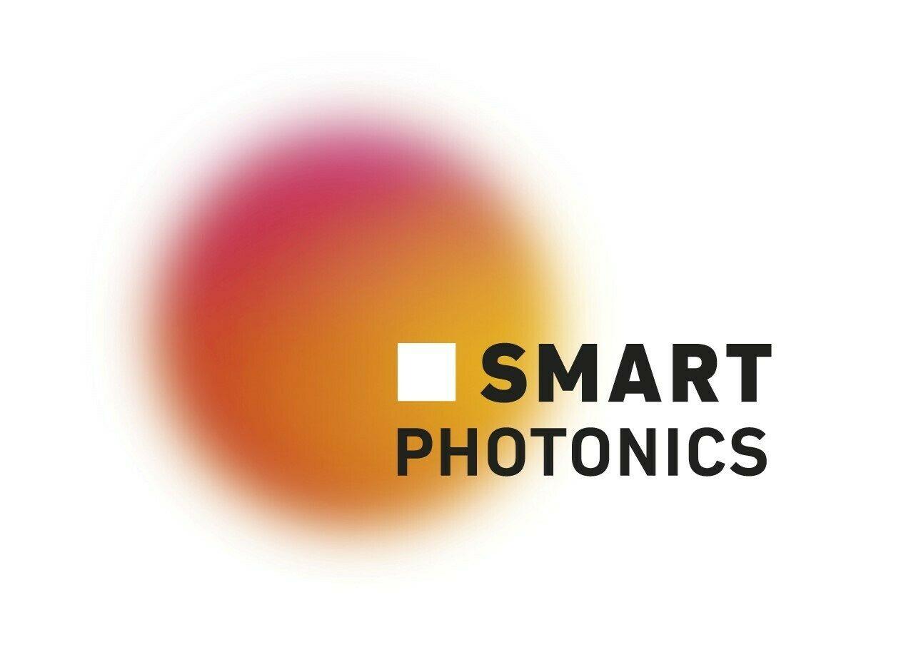 SMART Photonics company logo